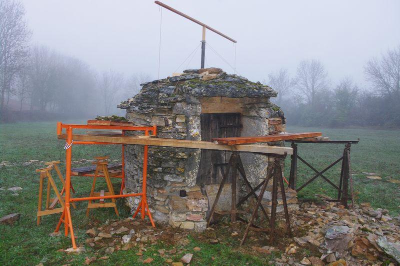 Toiture lauze puits Promilhanes 01