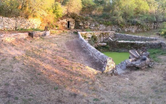 Fontaine de Buzou